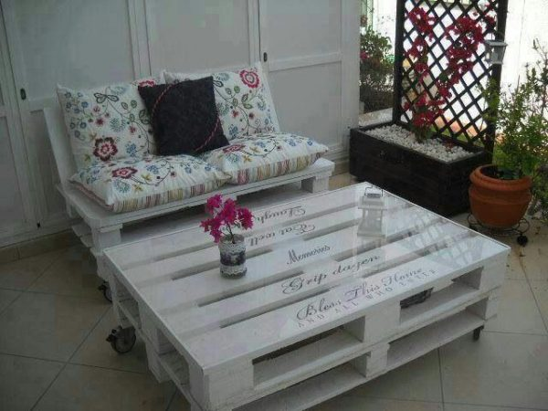 Coffee Table and Chair